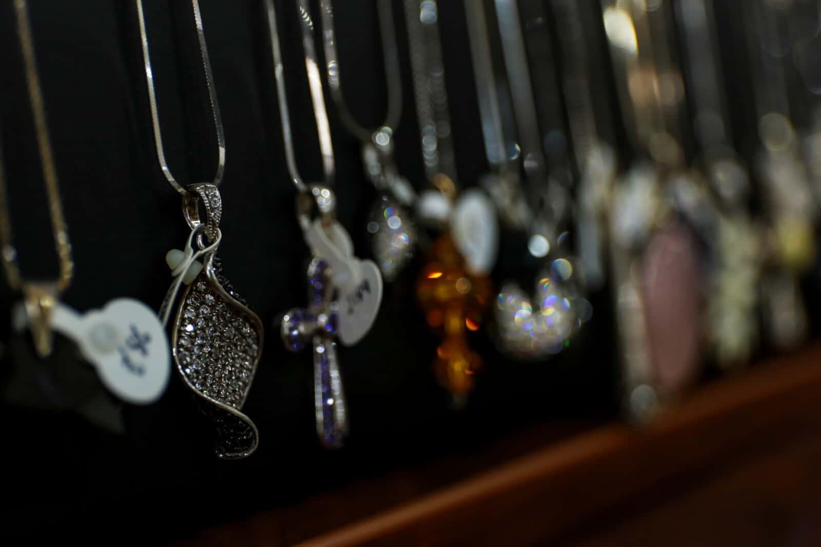 11Unique silver jewelry